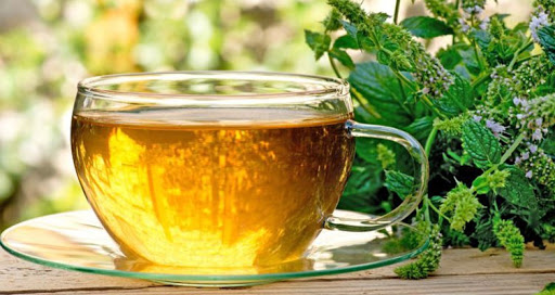 چای بادرنجبویه